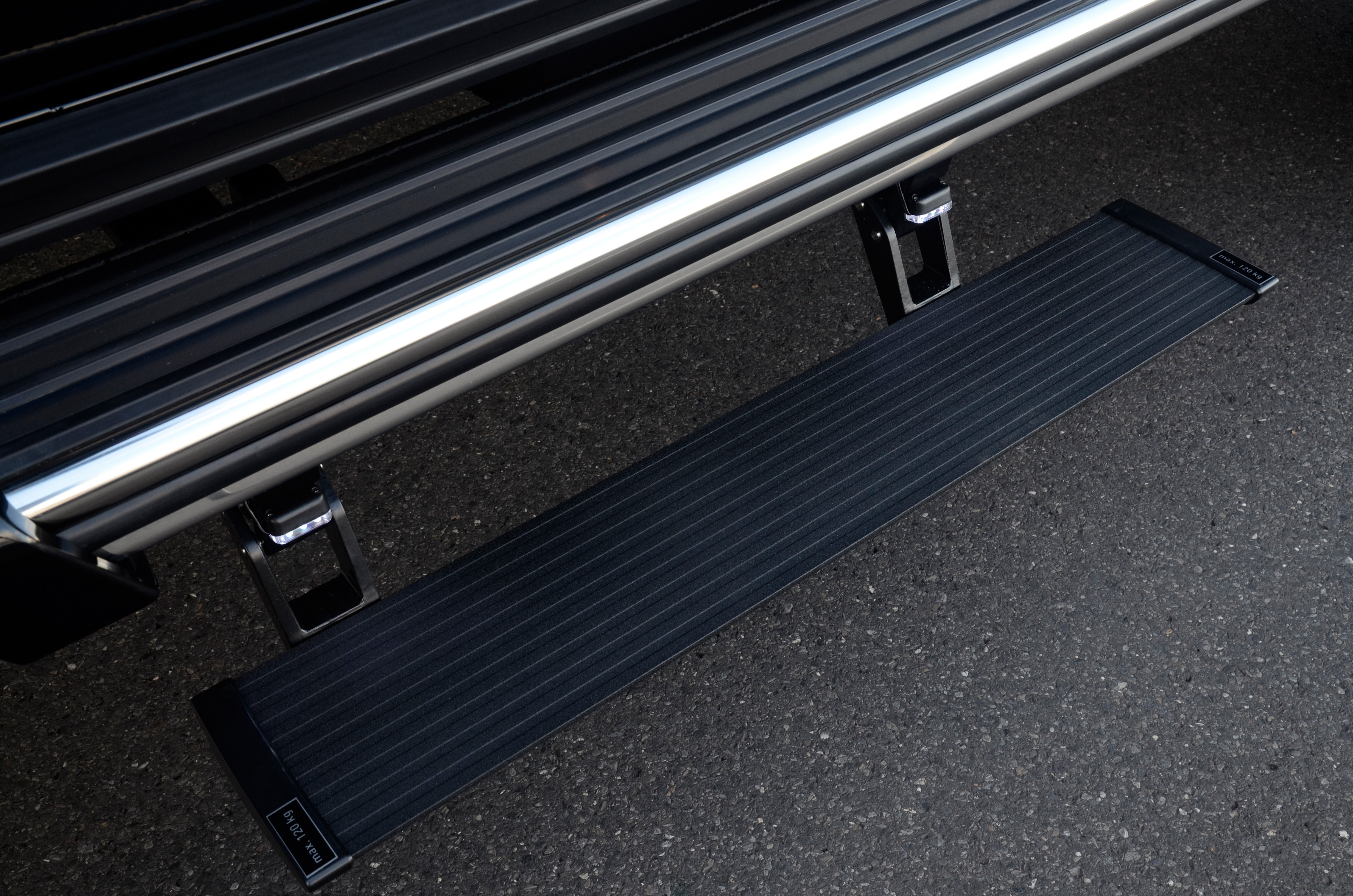 Electric Running Boards >> Brabus Electric Running Boards Base Mb G500 4x4 Short Boards